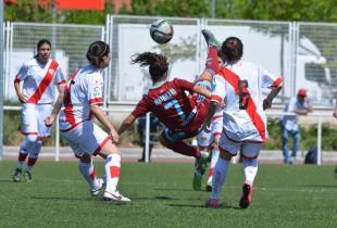 Nahikari remata de forma acrobática en el Rayo - Real Sociedad.