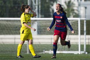 Alexia celebra el primer gol del FC Barcelona  - Oiartzun KE en la Primera División Femenina.