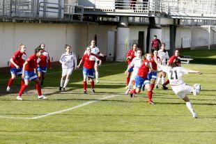Eli fue la protagonista del F. Albacete - Collerense de la Primera División Femenina con un hat-trick.