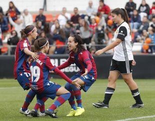 El Levante protagonizó una gran remontada para llevarse el derbi ante el VCF Femenino