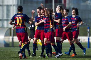 La felicidad del FC Barcelona ante el Oiartzun KE en la Primera División Femenina.