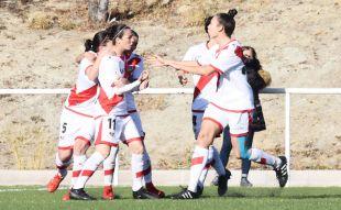 Natalia Pablos, que marcó dos goles, fue una de las grandes protagonistas de la victoria del Rayo ante el VCF.