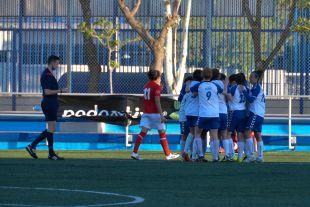 El Alcaine celebra el cuarto gol, obra de Sandra.