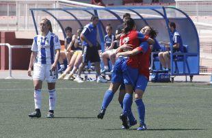 Charlyn celebra uno de sus goles ante la Real Sociedad.