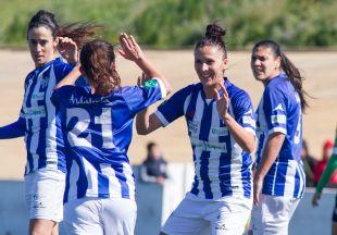 La alegría del Sporting Huelva ante el Oviedo Moderno, victoria por 3-2 en la Primera División Femenina.