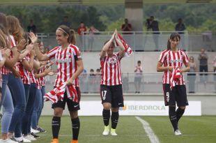 El Athletic rindió homenaje a Irune, Ibarra e Iraia, que disputaron su último partido.
