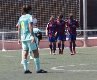 El Levante se impuso 2-1 al FC Barcelona, que se quedó a las puertas de lograr su quinta Liga Femenina Iberdrola.