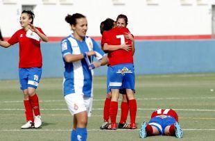 La alegría del Collerense después de conseguir su primera victoria de la temporada, en la Primera División Femenina.
