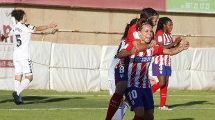 Amanda Sampedro celebra el gol que significó la remontada rojiblanca.