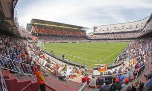 17.000 aficionados se dieron cita en Mestalla para vivir el VCF Femenino - Levante UD de la Liga Femenina Iberdrola.