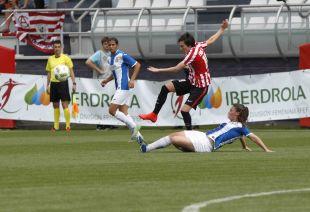 Erika fue la goleadora del partido al marcar dos tantos.