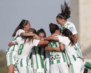 El Betis consigue su primera victoria con gol de Bea Parra.