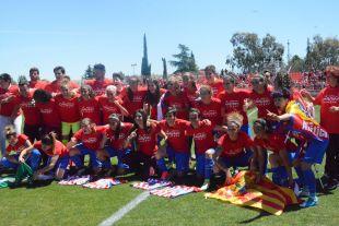 Las jugadoras del Atleti se proclamaron campeonas de la Liga Femenina Iberdrola por primera vez en su historia.