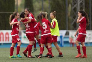 Las futbolistas del Tacuense celebran su tercera victoria de la temporada ante el Zaragoza CFF.