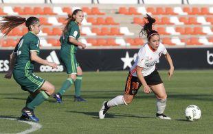 Maripaz marcó dos de los cinco tantos que le dieron la victoria a su equipo ante el R. Betis.
