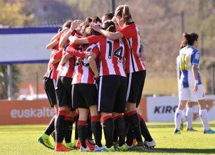 Las jugadoras del Athletic Club celebran uno de los cinco goles que le marcaron al RCD Espanyol.