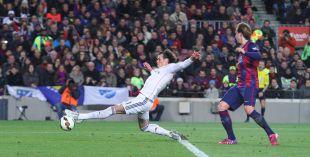 Gareth Bale llegó con peligro al área rival