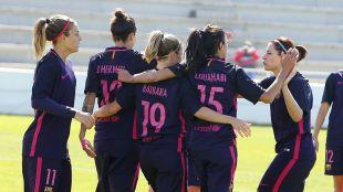 Las jugadoras celebran el primer gol del equipo.