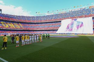 Así lucía el Camp Nou instantes antes de comenzar el partido