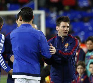 Saludo de Messi y Cristiano antes del encuentro