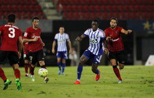 Javi Ros llevará el brazalete del Mallorca en la temporada en la que el club bermellón cumplirá cien años