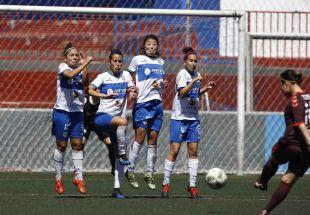 Un lance del partido disputado entre el Granadilla Egatesa y el F. Albacete.