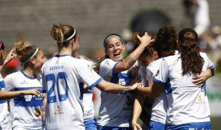 Las futbolistas del Granadilla celebran uno de los tantos logrados ante el F. Albacete.