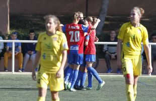 Celebración granota tras uno de los cuatro goles que le sirvieron para llevarse la victoria ante el Santa Teresa CD.