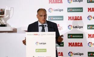 El Presidente de LaLiga Javier Tebas asistió a la gala de los Premios Marca de Fútbol Femenino