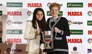 La mexicana Kenti Robles logró el premio a la mejor jugadora iberoamericana