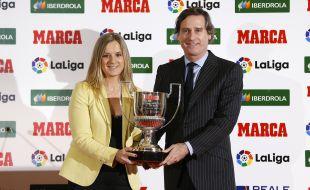 El trofeo a la mejor árbitra fue para Marta Huerta