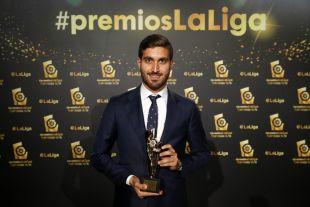 José Campaña (Levante UD) logró el premio a 'Mejor Centrocampista de LaLiga 1l2l3 2015/16' por su labor la pasada campaña en el AD Alcorcón