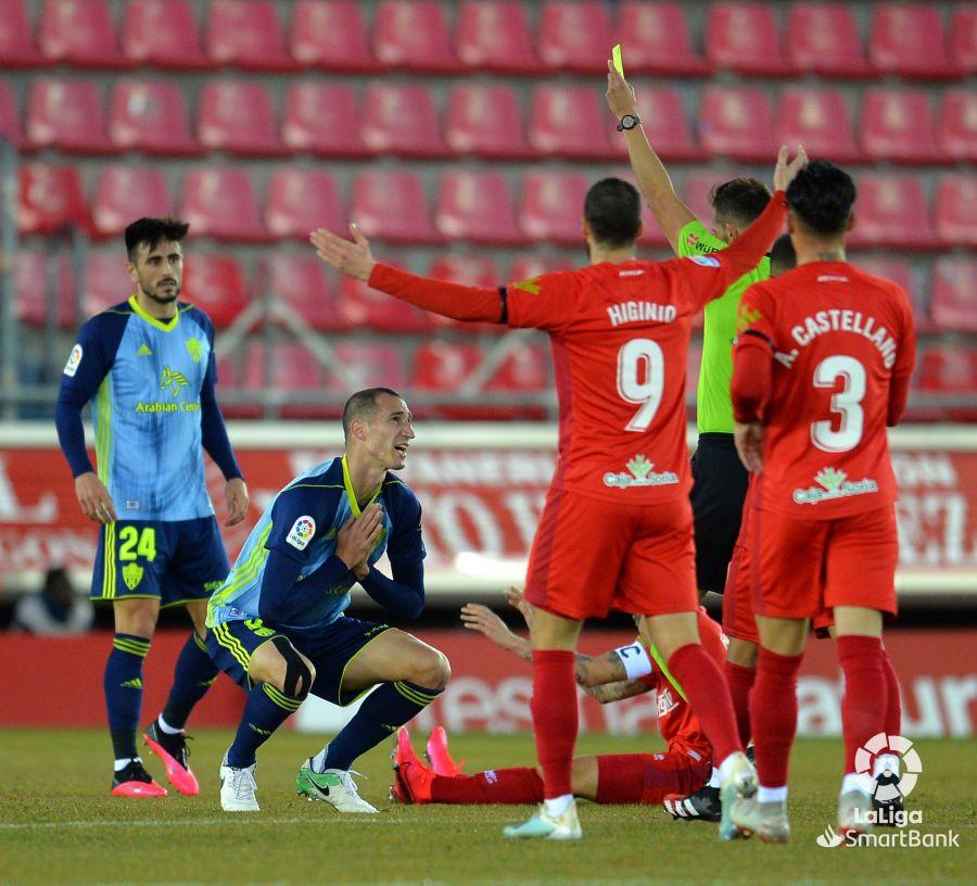 El Numancia se crece ante el Almería y logra salvar un punto en casa (1-1) | Imagen 3