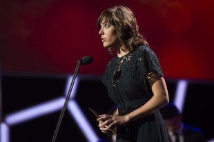 Marta Unzué, capitana del FC Barcelona Femení, en el escenario de la Gala de los Premios LaLiga 2014-2015.