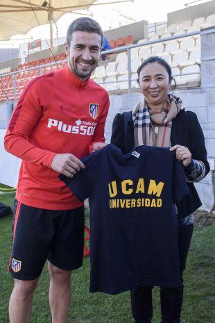 Yanfei Shen posó como Campeona de Europa de Tenis de Mesa