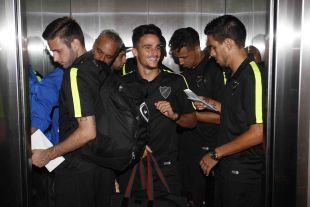 Caras sonrientes tras el vuelo desde España para participar en la Gira LFP World Challenge.