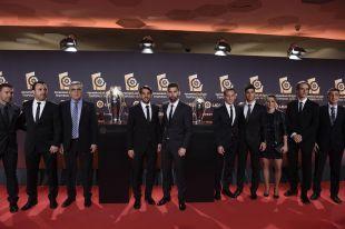 La delegación del RCD Espanyol en la alfombra roja de la Gala de los Premios LaLiga 2014-2015.