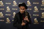 30234101151130_galalaliga1415_344-neymar-premio-back-gala