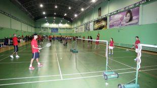 Dentro de los actos programados, la selección española de bádminton, con la campeona de Europa Carolina Marín a la cabeza, disputó un partido de exhibición ante la selección tailandesa de la campeona del mundo Ratchanok Inthanon durante la gira del equipo almeriense.