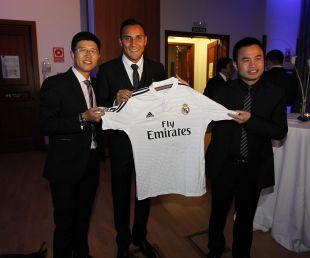 La delegación de empresarios chinos, en la 'Gala de los Premios LFP 2014'