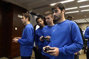 Manu Trigueros y Vietto estuvieron disfrutando con EA Sports antes del Champions for Life