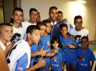El Arabi fue el jugador más aclamado por la afición marroquí