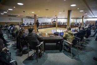 Los asistentes al acto, celebrado en la sede de la Liga de Fútbol Profesional