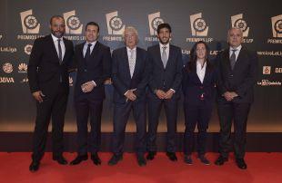 Representes del Valencia en la alfombra roja de la 'Gala de los Premios LFP 2014'