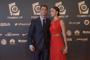 Cristiano Ronaldo, jugador del Real Madrid, e Irina Shayk en la 'Gala de los Premios LFP 2014'