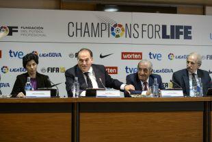 Javier Tebas junto a Juan José Hidalgo, presidente de la Fundación del Fútbol Profesional
