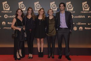 La medallista olímpica Ona Carbonell, integrante de la selección española de natación sincronizada, a su llegada a la 'Gala de los Premios LFP 2014'