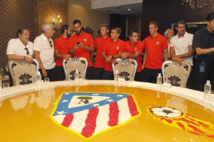 La llegada del Atlético a China levantó pasiones.