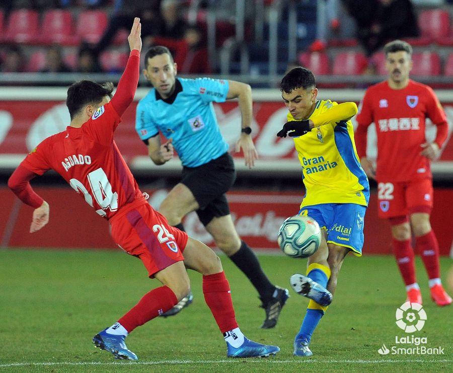 El Numancia salva un punto en casa tras un sufrido encuentro ante Las Palmas (1-1) | Imagen 1