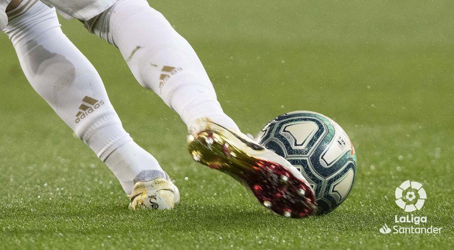 صور مباراة : ريال مدريد - برشلونة 2-0 ( 01-03-2020 )  027f708568359a594f88e53bf169e6ef
